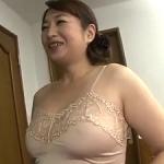 竹内響子の初撮り!五十路51歳のふっくら人妻が初めての中出しハメ撮り!