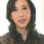 服部圭子の初撮り!奇跡の53歳!清楚な五十路マダムの艶めかしい中出しハメ撮り!