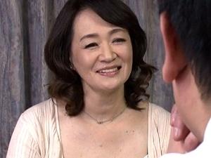 五十路の年増最高!やっぱオバサンがイイ!50歳の前妻と久々の中出しSEX!! 笹川蓉子