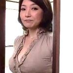 夜這いされた嫁の母!48歳でぽっちゃり愛らしい…。ムラムラした婿は我慢できなくなって…合体!近親相姦!米倉里美