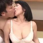 上島美都子の初撮り!五十路52歳で爆乳なエロ~い体!『ナマ』挿入して中出しハメ撮り!!