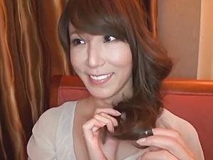 四十路妻の不倫!艶美フェロモン漂う美魔女マダムの艶めかしい性交!澤村レイコ