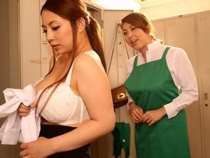 パート主婦たちの肉欲模様!ムチムチ巨乳巨尻な美熟女人妻たちが他人棒で淫らな姿に…