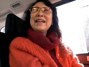 八十路!80歳のスーパー高齢熟女お婆さんに『ナマ』挿入!激ピストンして中出し!!! 帝塚真織