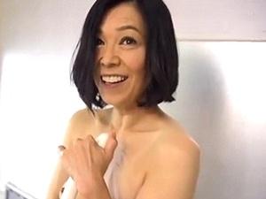 現役海女さんは潮吹き体質!48歳!スレンダー熟妻が激しいSEXで絶頂アクメ!!! 海宮みさき
