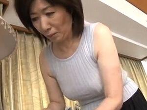 還暦母と中出し近親相姦!60歳で清楚な六十路お母さんの膣内にナマで・・・ニュプリ!合体!高島和代