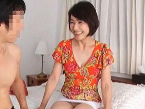 【内原美智子】還暦60歳!清楚スレンダー巨乳な六十路妻が激しく乱れる!!