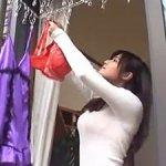 洗濯物を干している人妻がエロい!隣家の巨乳奥さんに難癖をつけて襲ってしまったが…