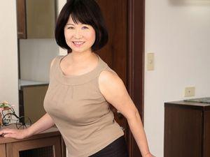 嫁の母は57歳の爆乳五十路熟女!マフマフな熟れた女体に我慢できなくなった娘婿は・・・ 金杉里織