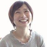 神田知美の初撮り!ショートカットが似合う清楚で笑顔が素敵な人妻がAVデビュー!