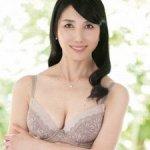 鶴川牧子の初撮り!五十路妻!53歳の本物セレブ熟女人妻が魅せるエロス!
