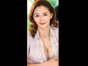 【香原杏香】再婚相手より前の年増な女房(50歳)がやっぱイイ!