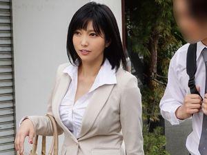 【峰田ななみ】美人妻な女上司と出張先の旅館でセックスしまくり!