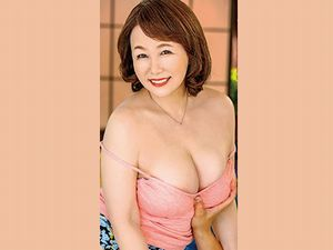 【真田紗也子】寝取られ五十路人妻!夫の部下に抱かれる浮気妻!