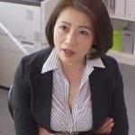【友田真希】厳しい女上司にセクハラしたら予想外にエッチな展開になった!!