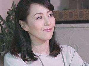 【谷原希美】童貞詐欺にイカされ続けた美人妻の女上司!