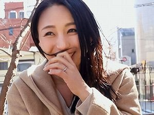 【KANBi】四十路の美魔女人妻!40歳にして最高の美貌をした素人妻のハメ撮り!