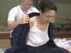 高齢熟女!素人67歳の六十路お婆さん!山奥のポツンとした一軒家で卑猥な出来事が!!