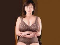 【菅野真穂】嫁の母!豊満な熟女体形になってきた嫁の母に勃起してしまい・・・