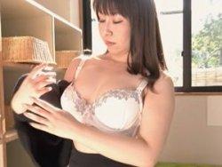 【影井美和】母子相姦!温泉旅行で巨乳な美魔女ママと近親相姦!