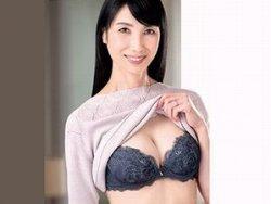 【鶴川牧子】嫁の母は53歳・五十路の清楚なスレンダー熟女!