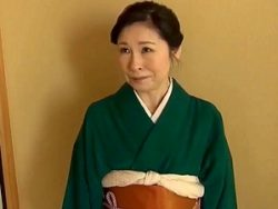 祖母と孫のセックス!六十路62歳のお婆ちゃんが孫とまさかの近親相姦!秋田富由美